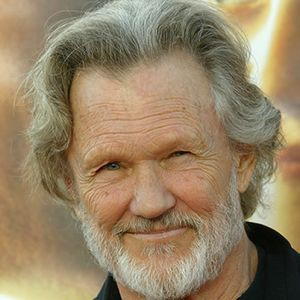 Kris Kristofferson Clears Up Stories About Helicopter Visit To Johnny Cash